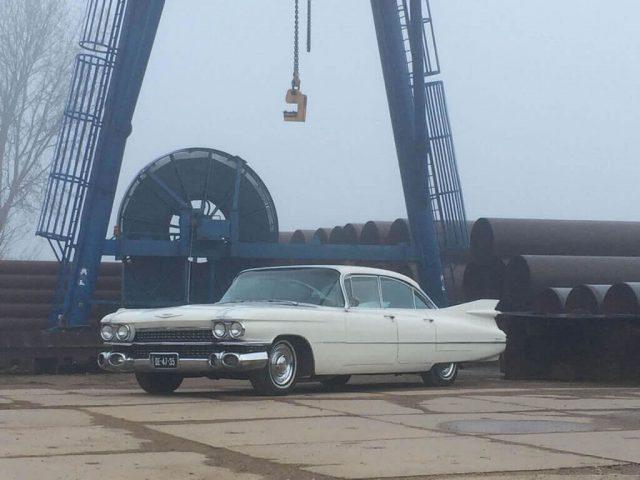 Een Cadillac als trouwauto huren?