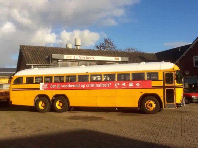 oldtimer bus voor promotie
